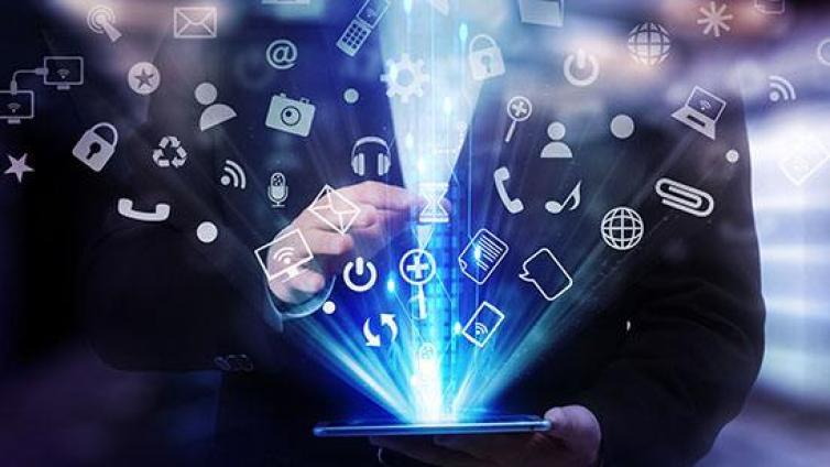 在互联网做营销,适合新手小白线上引流推广的方法有哪些?